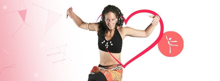 Africký tanec se Simonou za doprovodu bubeníků