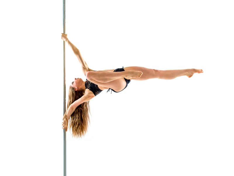 Pole dance: tricks and spins