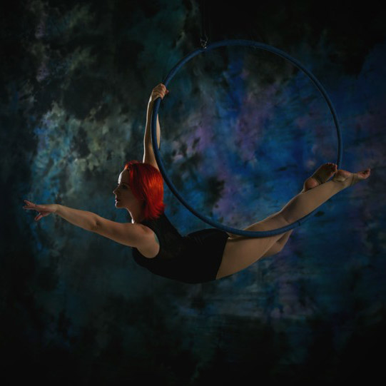 Aerial hoop: Tricks and combos