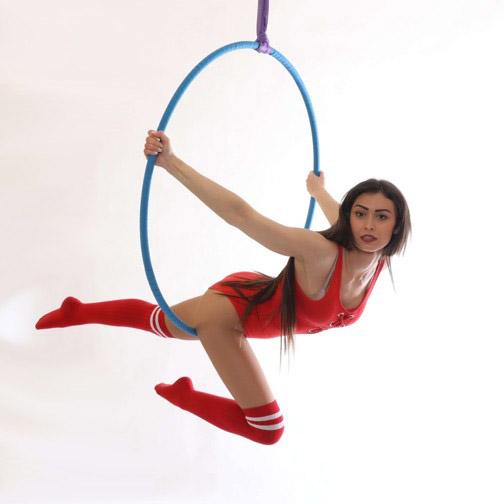 Aerial hoop: Tricks & combos