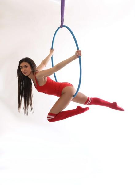 Aerial Hoop: Začátečníci
