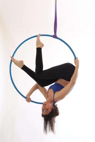Aerial hoop: choreo sólo + duo + group