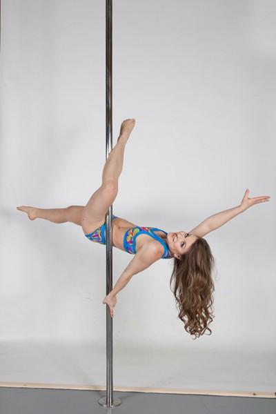 Klára Hájková | Centrum Tance - kurzy a lekce tance a cvičení