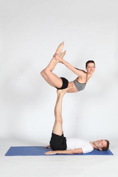 Acro jóga s Machem a Šebestovou