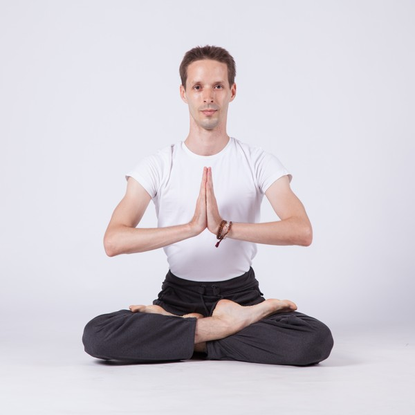 Hatha jóga  - pravidelný kurz (Google Meet)