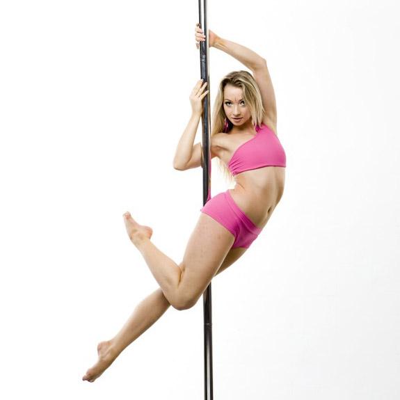 Pole dance: triky a kombinace