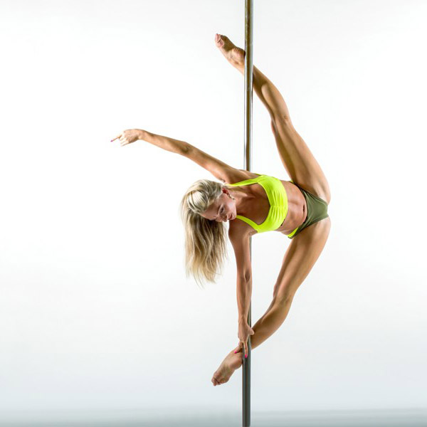 Pole dance: tricks and choreo