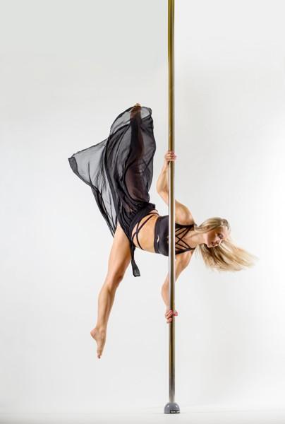 Pole dance: začátečníci